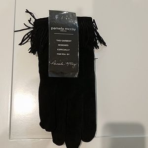 Pamela mccoy gloves